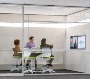 Besprechungsraum ohne Datenschutzfolie Casper
