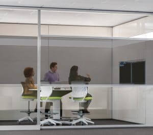 Besprechungsraum mit Datenschutzfolie Casper